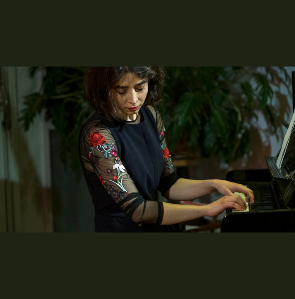 Setareh Nafisi playing piano